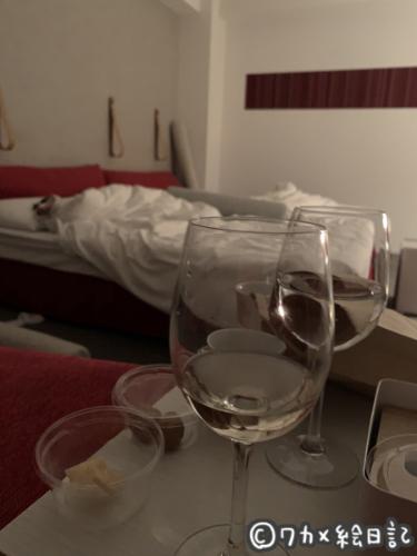 リゾナーレ八ヶ岳 お部屋でワイン